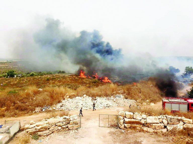 האש המשתוללת ליד שייח דנון