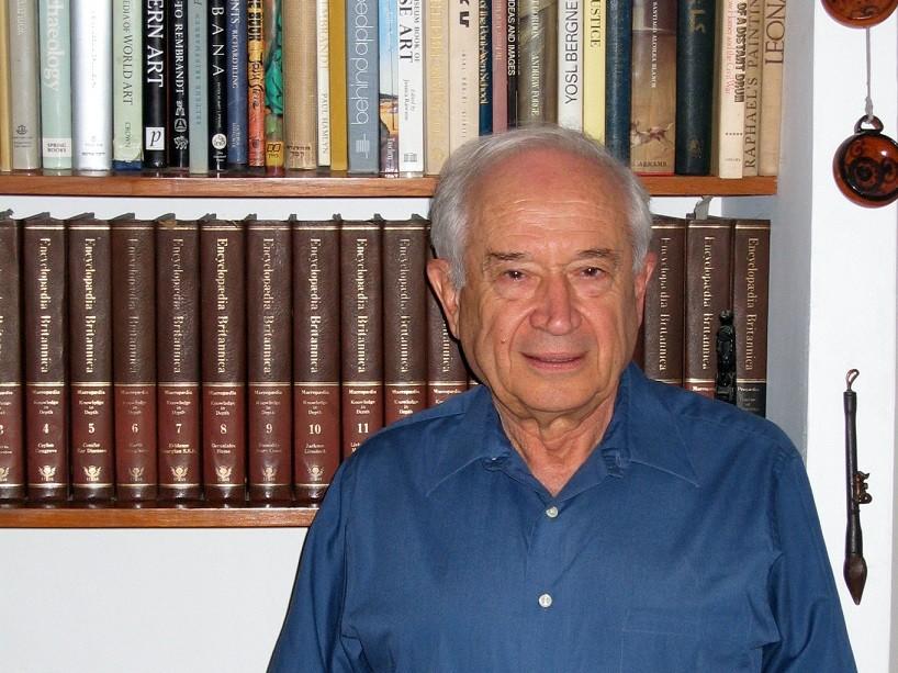 Prof Raphael Meshulam 1