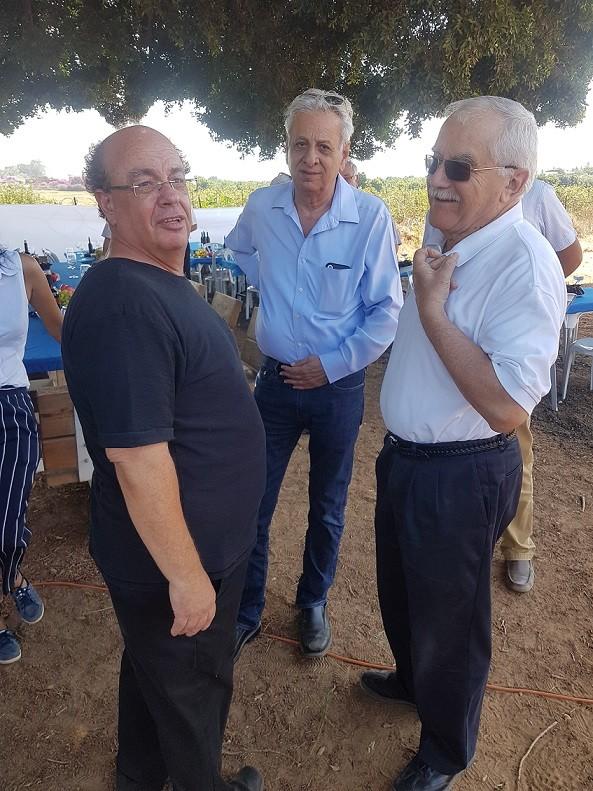 מימין השר לשעבר שמיר המנכל לשעבר רמי כהן ואבי פרל
