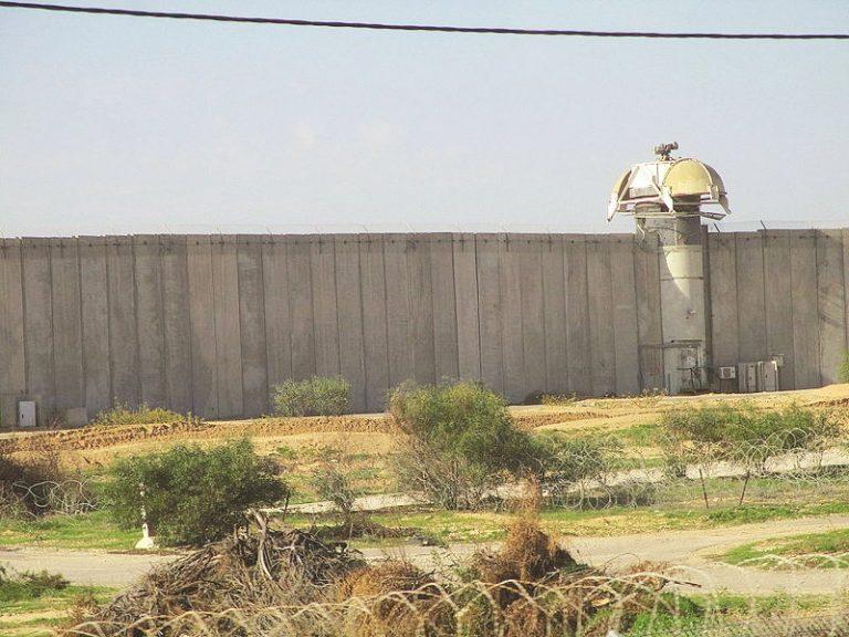 הקיר המגן בנתיב העשרה
