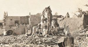 ילדי המושב על חורבות המושבה באר טוביה