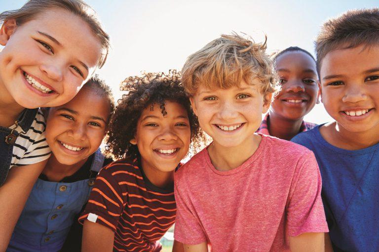 תמונה איך לגדל ילדים מאושרים