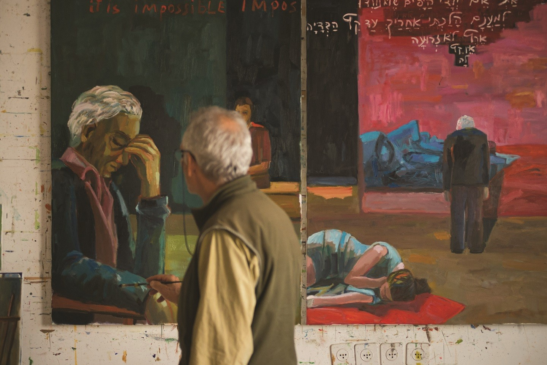 מיכאל קובנר מצייר את אביו צילום עודד הון