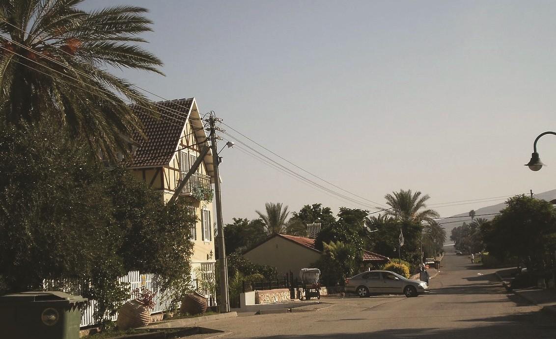 רחוב במושבה יבנאל
