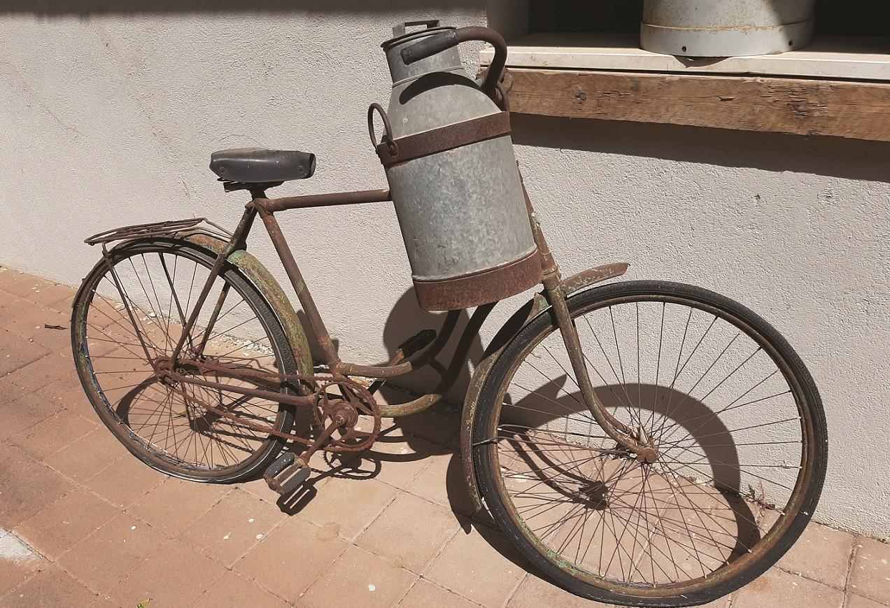 אופניים להובלת חלב