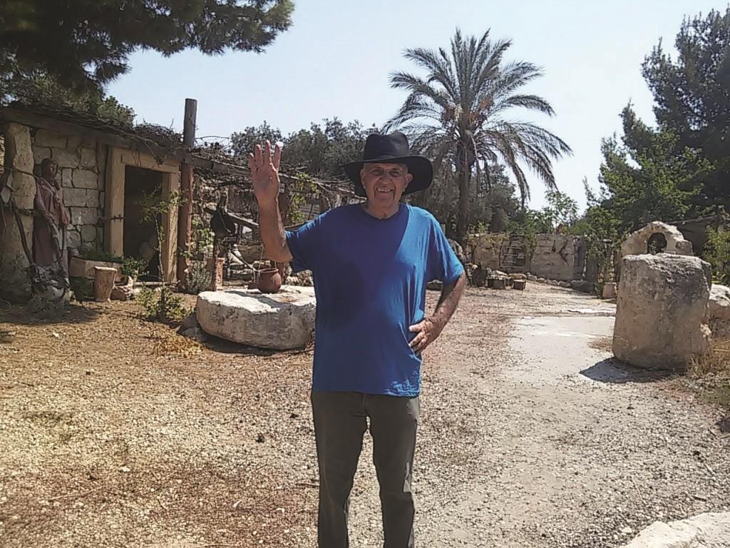 זוהר ברעם מקבל פרס מפעל חיים לכפר החשמונאי