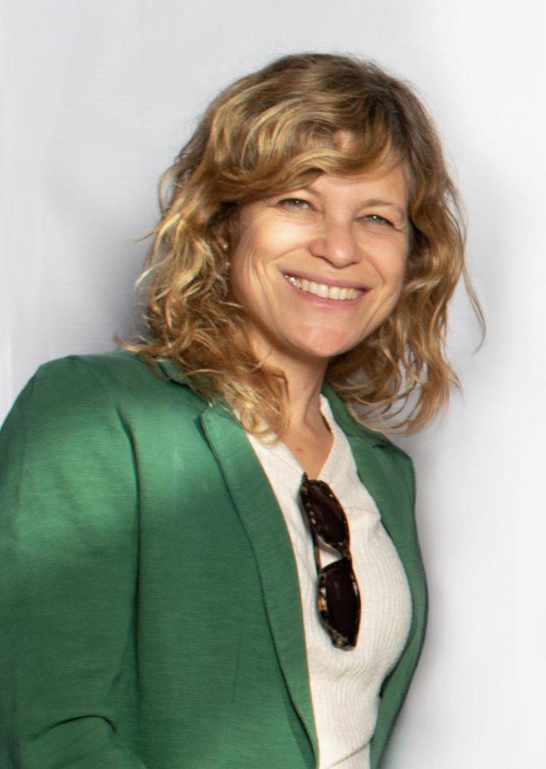 דניאלה לבנסארט