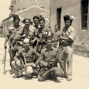חיילי ההגנה עם שלל ערבי לאחר כיבוש חיפה