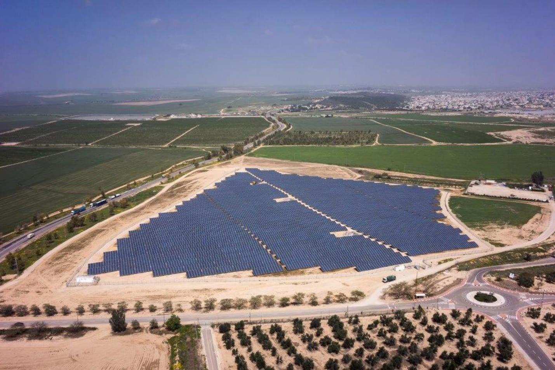 שדה סולארי במשמר הנגב