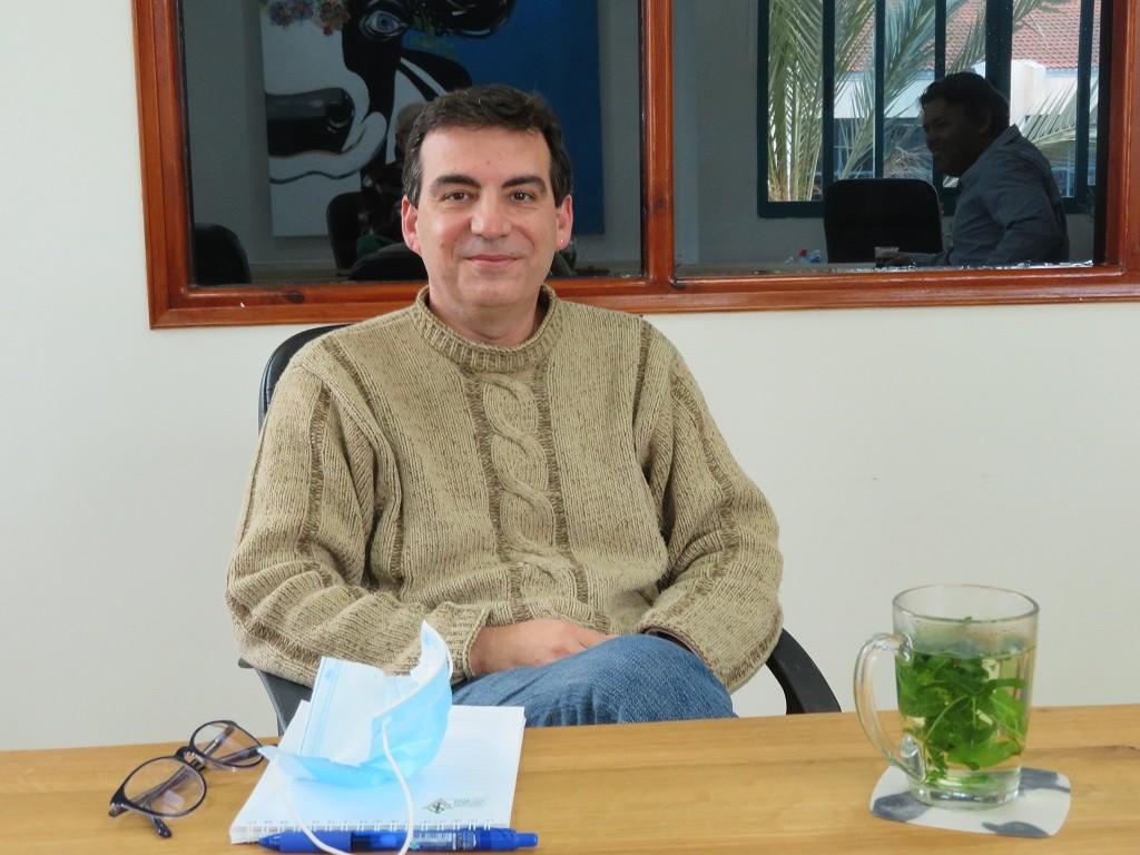 דוקטור צביקה בנאור מנהל מרכז ארצי לבריאות העטין החדש