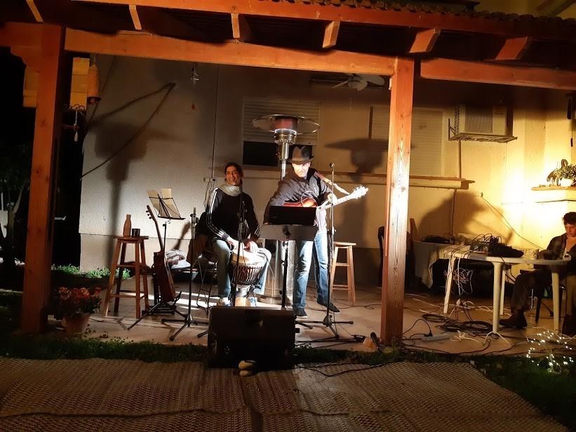 שרים על המרפסת הלל ירון יובל זמיר