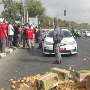 סגירת כבישים הפגנת חקלאים