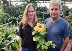 פרח אבא ובת